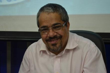 Nome do deputado Fabrício Falcão (PCdoB) cresce na disputa pela Prefeitura de Conquista.
