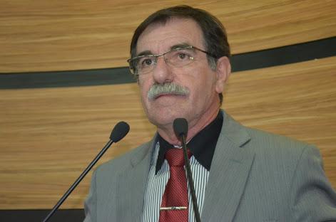 Arlindo elegeu Guilherme em 1996, agora está pronto para substituí-lo na Prefeitura.