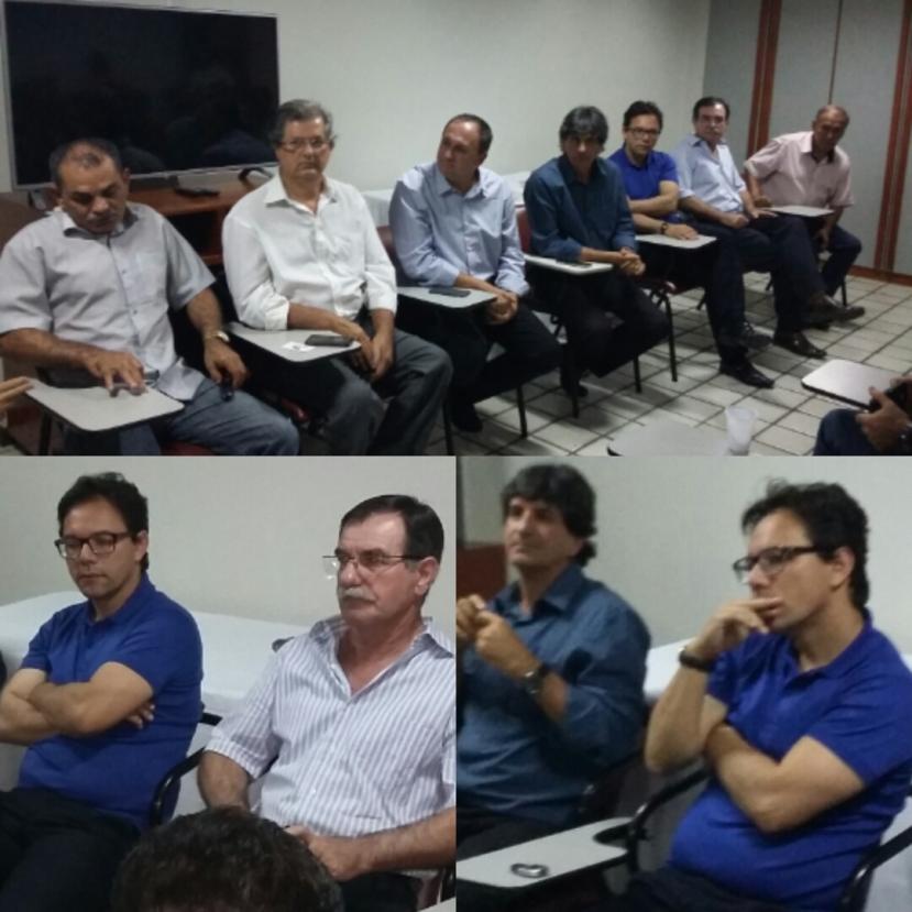 Na reunião do PSDB - à qual Onildo faltou - era visível o desconforto de Valverde (de camisa polo azul).