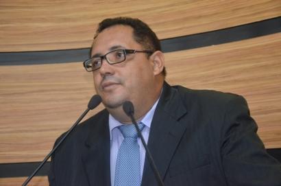 Ver. Luciano Gomes