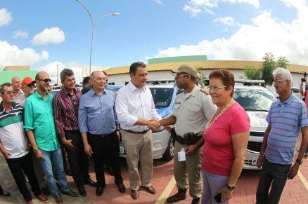 Rui entrega viatura em Euclides da Cunha