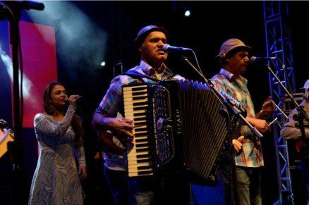 Bia, Tivão e Gó, membros do grupo Forrozão da Arapuca